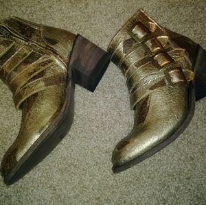 Five worlds ankle boots